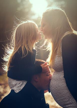 Grossesse-exterieur-photographe famille-Saint Julien