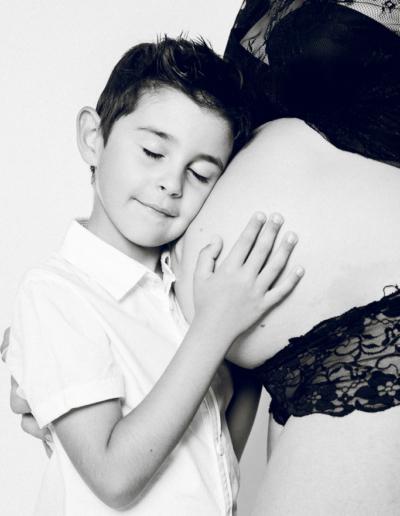 photographe-famille-grossesse-studio-morgane-Vetraz