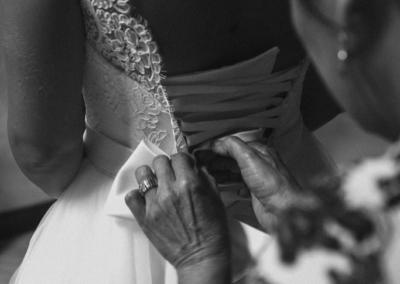 Mariage Emmanuel Amandine-Préparatif-La mere de la marié-Le neud